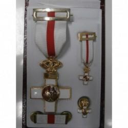 Set Merito Militar...